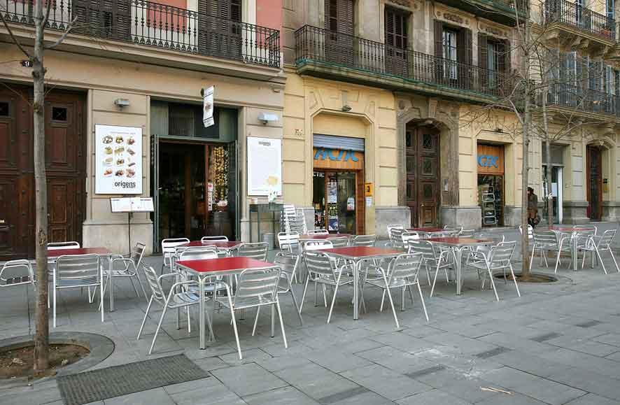 Restaurante con terraza en eixample. Barcelona Enric Granados 9. La Llavor dels Origens. Comida Catalana.